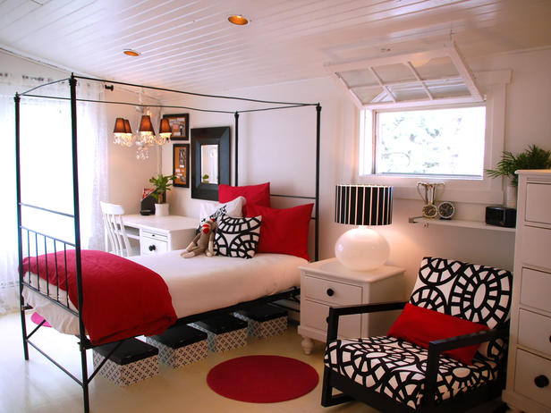 RMS_tmo-white-black-red-bedroom_s4x3_lg