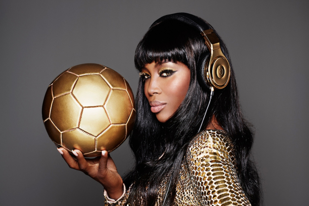 24-carat-gold-beats-by-dre-to-celebrate-germanys-victory-1